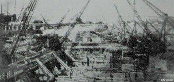 Старое фото Днепрогэса в 30-е года. Испытательная площадка новой техники.