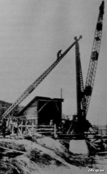 Уже к концу 1927 года первые механизмы вступили в действие