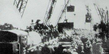 28 марта 1952 г. Митинг по случаю укладки последних кубометров бетона в гребенку плотины