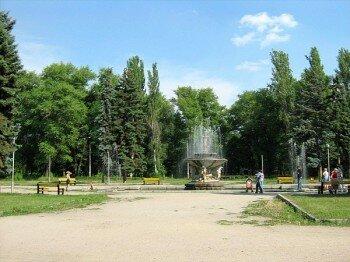 Фонтан в Дубовой роще которому уже больше 50 лет.
