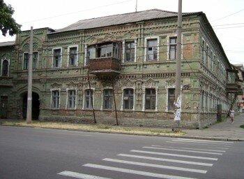 Старый дом по улице Дзержинского.