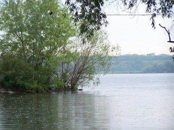 Вид на Лысогорку с Днепра.