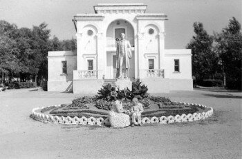 Начало 60-х годов. Парк Пушкина (в районе ДК строителей).