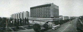 Площадь Октябрьская 1974-1975 годов.