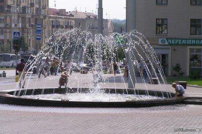 На площади им. Поляка