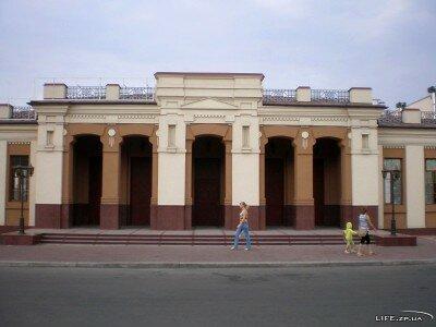 Построен на деньги городской общины в советские времена он был разрушен, но был восстановлен 2 года назад.