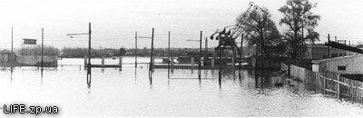 Затопленный речной порт в Запорожье