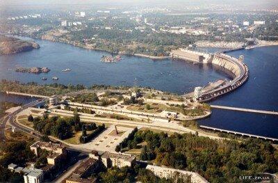 Площадь Ленина и ДнепроГЭС с высоты