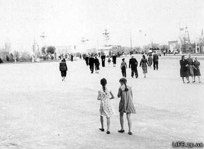 Предположительно, середина 50-х годов. Теперешняя площадь Поляка.