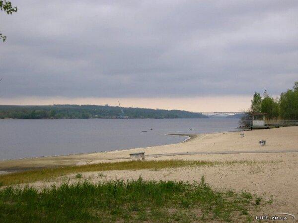 Пляж на территории санаторий-профилактория ЗНУ