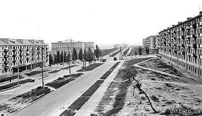 Вид с дамбы на ул. Победы