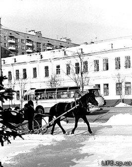 70-е годы. На проспекте Ленина в районе площади Сободы.