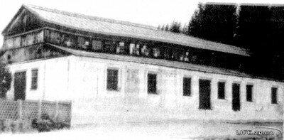 Сохранился практически в первозданном виде и действует по сей день. Фото начала 20-го века.