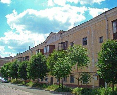 Здание восстановлено после войны