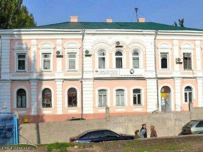 Двухэтажный дом по улице Свердлова, 21.