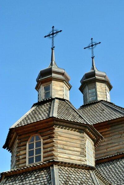 Деревянные купола. Музейный комплекс «Запорожская Сечь». Покровская церковь.