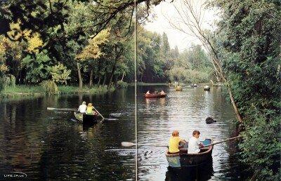 Прогулка на лодках по живописному уголоку реки Московка