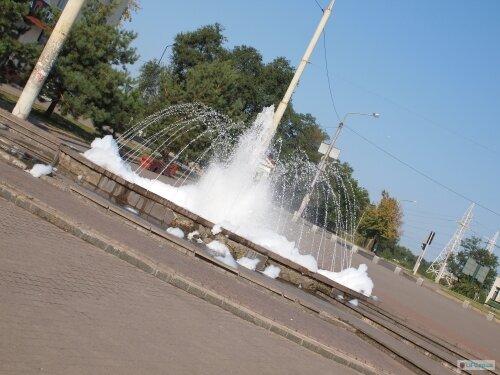 Фонтаны на площади Поляка (12 Апреля)