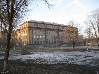 Школа №58 по улице Поточная 7