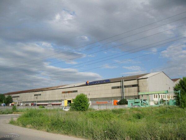 Склады ОАО «Днепроспецсталь» в районе завода Кремнийполимер
