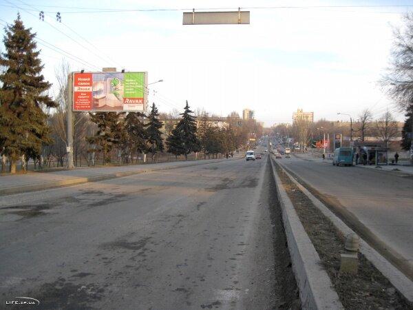 Улица победы, март 2011 года