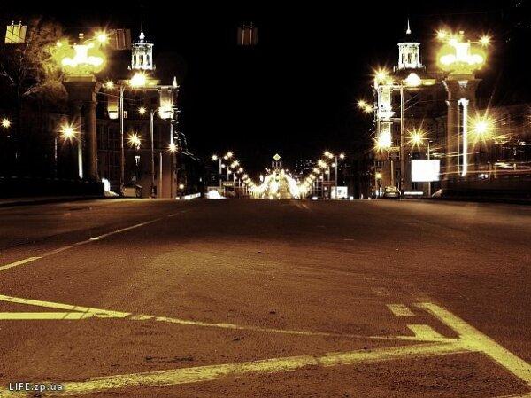 Проспект Ленина ночью