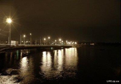 Ночной аванкамерный мост