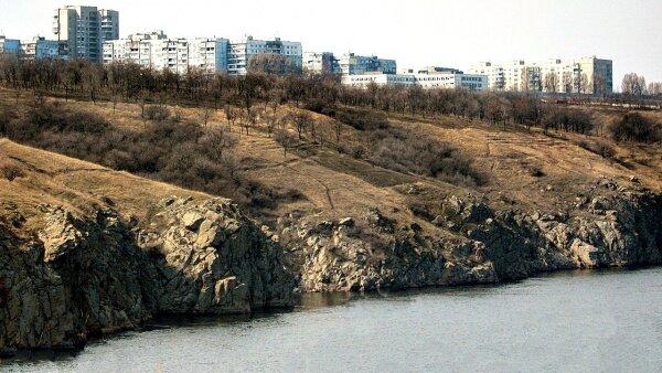 Вид на Бабурку с острова Хортицы