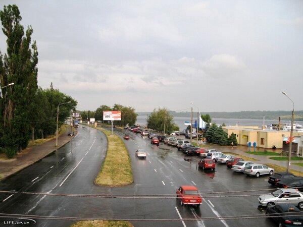 Набережная магистраль после дождя, 2008 год