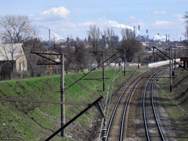 Заводы, вид с 12 Апреля