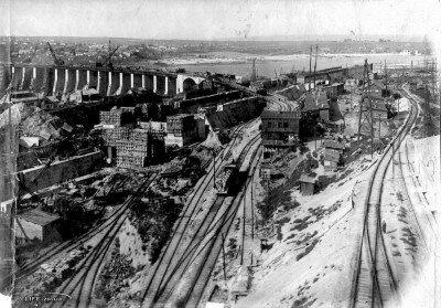 Строительство плотины ДнепроГЭС в 1929 году