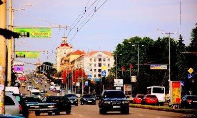 Запорожье, проспект Ленина, полдень, сентябрь 2011 года