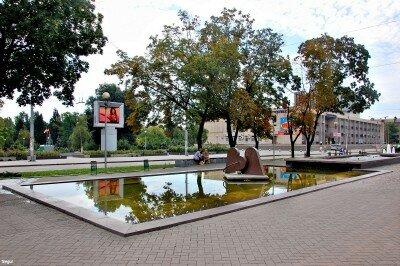 На бульваре Шевченко в полдень