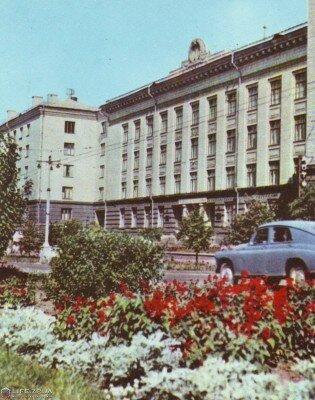 Институт «Укрцветмет», 60-е годы