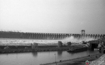 Фотография сделана в мае 1956 года