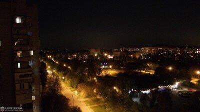 Парк имени Гагарина в Коммунарском районе ночью