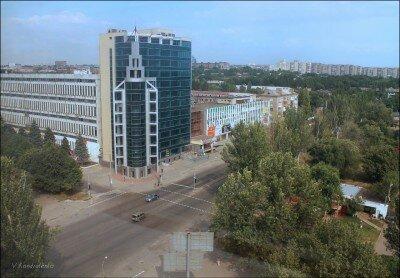 Пересечение ул.Победы и пр.Маяковского, вид на 77 завод. Сделано в июле 2012 года.
