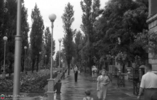 Ул.Леонова и СШ №30, лето 1953 года