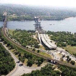Строительство новых мостов с высоты