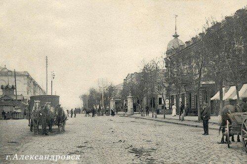 Состав Запорожского городского совета в 1927—1928 г.: украинцы — 49,8 %, русские — 24 %, евреи 19,2 %, немцы — 2,0 %
