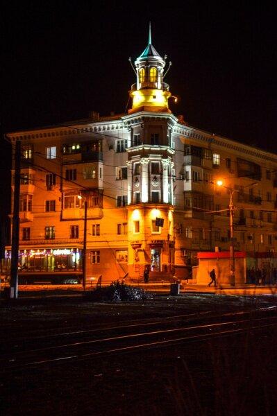 Красивое здание по улице Иванова