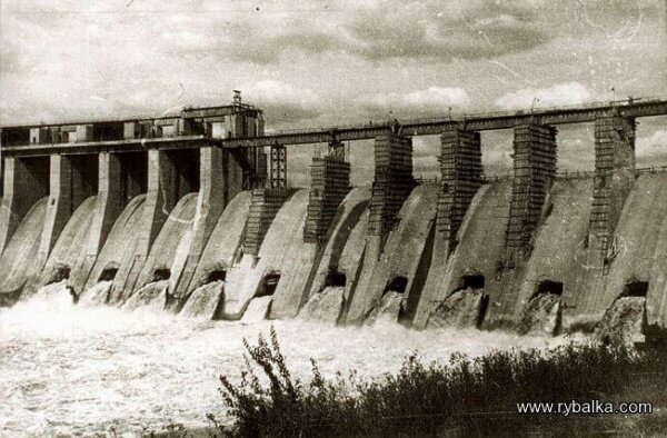 Послевоенное восстановление плотины ДнепроГЭС