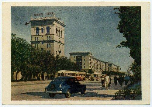 Проспект Ленина. Изогиз, полиграфкомбинат им. В.М. Молотова, 1956 год.