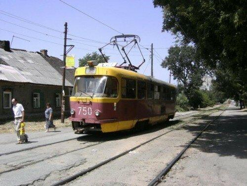 Трамвай №750 (16 маршрут), 1983 года выпуска.