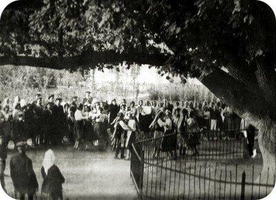 У Запорожского дуба, фото послевоенных лет