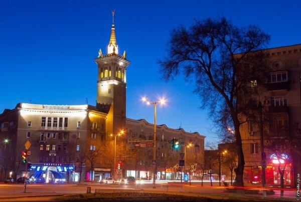 Вечерний проспект, район улицы Верхней