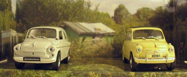 Масштабная модель ЗАЗ-965 (слева)