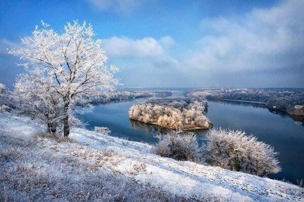 Остров Байда (Малая Хортица) расположен на старом Днепре между Хортицкий районом Бабурку и островом Хортица.