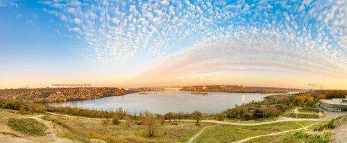 Панорама плотины ДнепроГЭС