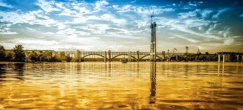 Панорама строительства новых мостов и мостов Преображенского